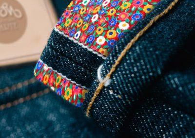 Fiori rotondi colorati