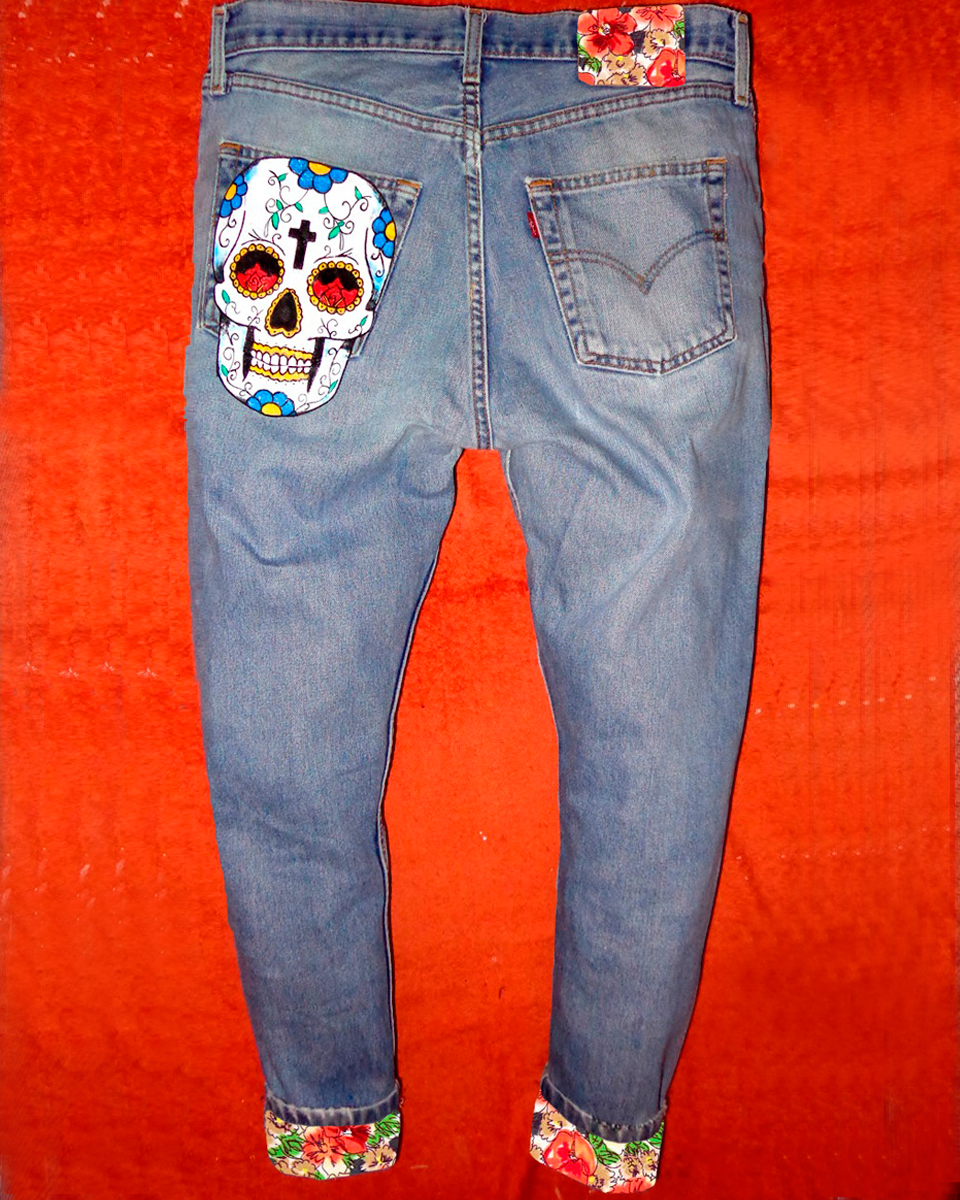 Jeans Levi's Vintage Customizzato e Dipinto a Mano – TESCHIO BIANCO old school Never Say Never